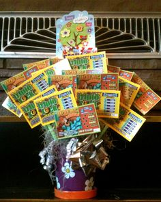 A Mother's Day Boquet Mom will really enjoy! How to turn a bunch of lottery tickets into a bouquet that keeps on giving!
