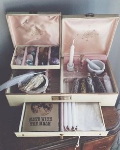 magic jewelry box | Tumblr (for inspiration only) great use for those ugly boxes you can find at the thrift store. Just add some new paint and interior decoupage