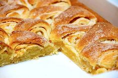 Danish Dessert, Danish Food, Sweet Recipes, Cake Recipes, Pasta, Mini Desserts, Sweet Cakes, Stick Of Butter, Yummy Cakes