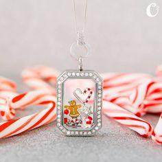 Our heritage locket and holiday charms are perfect together! #Christmas #Gingerbread #HeritageLocket #OrigamiOwl