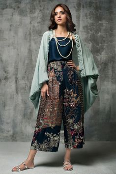 Designer Dresses - Maxi Party & More - Women Pakistani Dresses Casual, Pakistani Dress Design, Indian Dresses, Indian Outfits, Asian Fashion, Boho Fashion, Fashion Dresses, Fashion Ideas, Desi Clothes