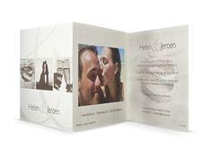 Verkrijgbaar bij eDruk: 97.1538 Creme drieklap trouwkaart met foto's, 471538 - Trouwkaarten.Familycards.nl