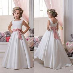 I found some amazing stuff, open it to learn more! Don't wait:https://m.dhgate.com/product/charming-jewel-neck-flower-girls-039-dresses/270608143.html