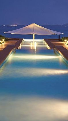 Beach House - amazing pool