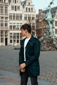 MATTGSTYLE by Matthias Geerts | Wearing SELECTED HOMME coat, PUMA sneakers, CINQUE trousers, SELECTED HOMME tee Antwerp, Belgium