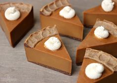 Pumpkin Pie Cold Process Soap Tutorial // Learn how to make soap that looks and smells like pumpkin pie!