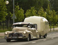 1948 Chevrolet Aerosedan & SMV trailer