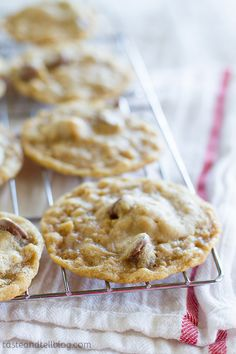 Chocolate Chip Crunch Cookies