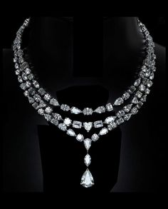 events (With images) Fancy Jewellery, Fine Jewelry, Emerald Jewelry, Diamond Jewelry, Real Diamond Necklace, Discount Jewelry, Expensive Jewelry, Luxury Jewelry, Glamour