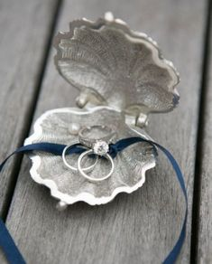 25 Creative Wedding Ring Bearer Pillow Alternatives - Weddingomania