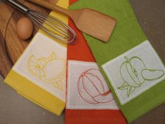 Kitchen Towel  -  For many people, any piece of clothing that helps them wipe food remains off counter tops, clean their greasy hands and help in drying dishes is enoug... Check more at http://www.xtend-studio.com/20989-kitchen-towel/