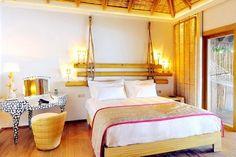 027.-Constance-.-Moofushi-Resort-Beach-villa-bedroom-450x300.jpg (450×300)