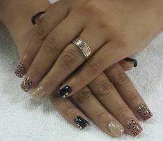 #nailsdesign #black #gold #animalprint #uñas #diseños