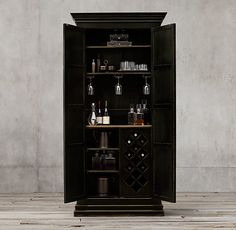 17th C. Castelló Double-Door Bar Cabinet