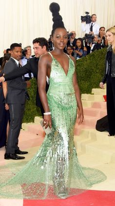 ROUND-UP! ............................ Makeup, Hairstyle Trends 2017, 2018, 2019: Best Beauty Looks At The Met Gala 2016