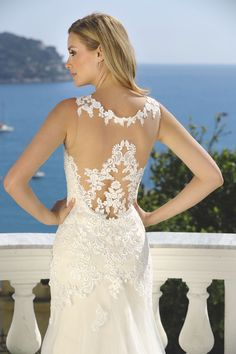 """Looking for a sensual-sexy wedding dress? A dress that offers more """"spice"""" than a princess-sissy wedding dress? Check out the Sensual collection by Ladybird Sexy Wedding Dresses, Bridal Dresses, Wedding Gowns, Formal Dresses, Bridal Collection, Dress Collection, African Wear, Bride Hairstyles, Beautiful Bride"""