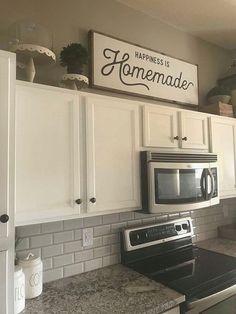 Home Interior Boho Happiness is Homemade / Wood Sign / Kitchen Sign / Homemade /.Home Interior Boho Happiness is Homemade / Wood Sign / Kitchen Sign / Homemade / Cuisines Diy, Cuisines Design, Handmade Home Decor, Cheap Home Decor, Homemade Wood Signs, Classic Kitchen, Minimal Kitchen, French Kitchen, Kitchen Modern