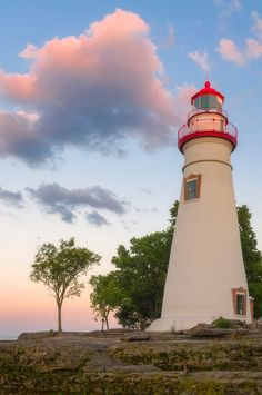 For more than a century, the lighthouses of Lake Erie have guided ships into the many North Coast harbors. Here is a guide to these unique structures. Lighthouse Pictures, Lighthouse Art, Lighthouse Keeper, Marblehead Lighthouse, Scenic Photography, Landscape Photography, Night Photography, Landscape Photos, Lake Erie