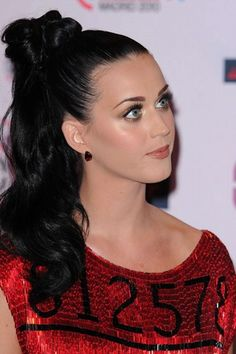 Katy Perry hair, such a cute ponytail :)