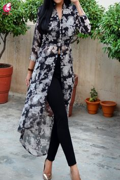 Buy Black White Printed Floral Georgette Asymmetric Long Kurti by Colorauction - Online shopping for Kurtis in India Kurta Designs, Kurti Designs Party Wear, Indian Designer Outfits, Indian Outfits, Long Kurti With Jeans, African Shirt Dress, Pakistani Dresses Casual, Party Kleidung, Dress Indian Style