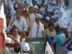 हेलिकॉप्टर से भ्रष्ट राजनीति कर रहे हैं मोदी: केजरीवाल Banaras Hindu University, Aam Aadmi Party, Varanasi, Top News, Politics, Places To Visit, Times, India, Rajasthan India