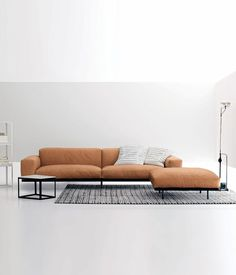 Rigorous shape for the modular sofa Naviglio, but congenially softened in the lines thanks to the good use of materials and covers which are particularly soft and comfortable. As for all the upholster…