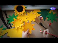 Nifty Crafts, Foam Crafts, Craft Stick Crafts, Diy And Crafts, Lace Flowers, Wedding Flowers, Sunflower Crafts, Cute Bear Drawings, Masha And The Bear