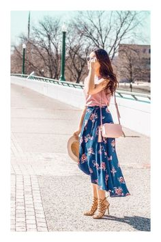 42 Inspiring Floral Skirt And Dresses For Spring Outfit Floral Skirt Outfits, Modest Outfits, Modest Fashion, Fashion Dresses, Cute Dresses, Casual Dresses, Casual Outfits, Cute Outfits, Jw Mode