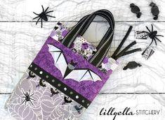 Midnight Bite Treat Bag Tutorial | lillyella stitchery