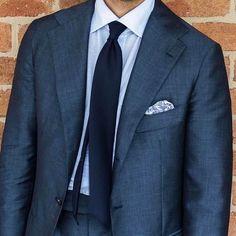 the-englishmanabroad: Great bespoke cut by (at Melbourne Victoria Australia) Dapper Gentleman, Gentleman Style, White Pocket Square, Mens Fashion Blog, Men's Fashion, Light Blue Dress Shirt, Expensive Clothes, Bespoke Suit, Black Oxfords