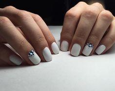 Мой любимый белый. Инкрустация стразами Swarovski. #vscobelarus #vscorussia #follow #followme #manicure #nails #nail #nailswag #gel #gelnails #gelish #luxio #luxiogel #neonail #nailswag #nailpolish #lianailbelarus #nogtiminsk #minsk #vitebsk #ногтимосква #шеллакспб #шеллакмосква #гельлак #шеллак #витебск #минск #дизайнногтей #наращиваниеногтей #наращивание #ногтивитебск