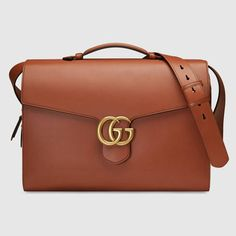 Buy imitation Gucci GG Marmont leather briefcase for men 414483 - Recommended Website.Priced at quality imitation Gucci men's briefcase. Briefcase For Men, Leather Briefcase, Men's Leather, Gg Marmont, Gucci Marmont, Gucci Men, Gucci Black, Luxury Bags, Crowns