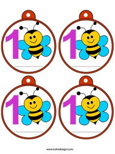 medaglie-primo-giorno-scuola-ape2 Calm Classroom, Classroom Rules, Classroom Decor, Curriculum Template, Brag Tags, First Day School, School Labels, Spelling Bee, First Birthday Photos