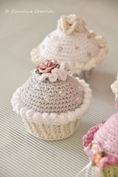 This crochet cupcake is adorable. I think it's crocheted quite fast, but the embellishments took their time.