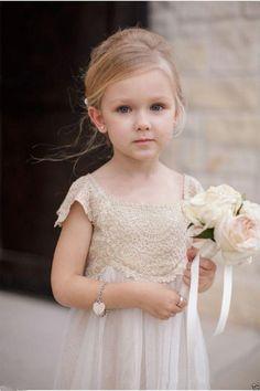 Vintage Flower Girl Dresses Champagne Lace Tulle First Communion Dresses Custom