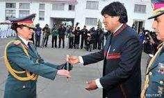 Resultado de imagem para uniformes militares