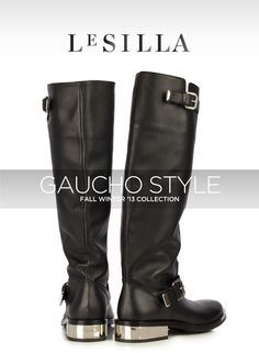 BACK TO THE 80'S WITH THE TOTAL BLACK POINTED BOOT OF THE NEW FALL WINTER COLLECTION.