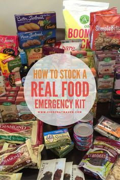 It's scary to think about a survival situation, but it's worse to be ill-prepared. Here's a guide on assembling an emergency food kit to help you prepare. Emergency Food Storage, Emergency Food Supply, Emergency Supplies, Emergency Kits, Survival Supplies, Food For Emergencies, Best Emergency Food, Family Emergency, Food Shopping List