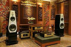 High end audio audiophile listening room design