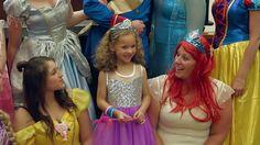 Na een adoptiezaak van bijna twee jaar kreeg de 5-jarige Danielle Koning uit Amerika eindelijk wat ze wilde, en een beetje meer. Ze kreeg niet alleen nieuwe ouders, maar ook een koninklijke verrassing....