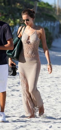 Crochet dress - would love to have this one. No pattern.
