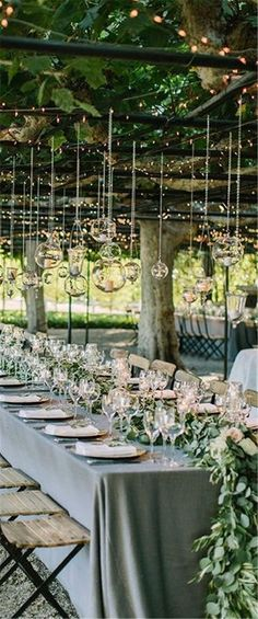Home » Wedding Ideas » COLOR OF THE YEAR 2017 – Greenery Wedding Centerpiece Ideas » beautiful Greenery centerpiece for a wedding