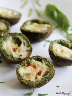 Spinach cheese balls recipe with step by step video. Spinach cheese balls are quick,easy Indian snack recipe. Spinach cheese balls is a easy appetizer recipe. Easy Indian Snacks, Indian Appetizers, Easy Appetizer Recipes, Snack Recipes, Party Appetizers, Healthy Recipes, Indian Sweets, Healthy Party Snacks, Vegetarian Snacks