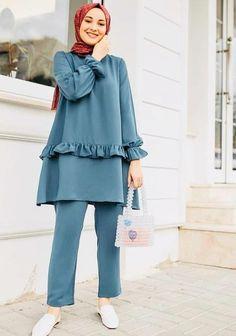 Modest Fashion Hijab, Modern Hijab Fashion, Muslim Women Fashion, Street Hijab Fashion, Hijab Fashion Inspiration, Fashion Outfits, Moda Hijab, Hijab Mode, Fashion Drawing Dresses