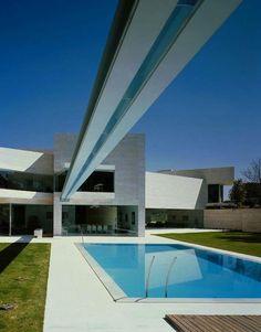 MADRID A-cero   http://www.a-cero.com/index.php/en/proyectos/viviendas-unifamiliares/madrid