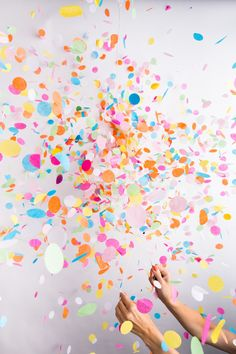 Pop Knot Bow Confetti Balloons, Chris Ozer Photography