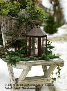 blomsterboden skanör blogg (1) After Christmas winter decor: Use lanterns with greenery