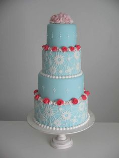 https://flic.kr/p/8fZXbq | Bolo casamento rendado (www.djalmareinaldo.com.br) | Bolo de casamento rendado, na verdade mais inspirado em pontos de macramê e flores de caracol, para uma mesa inspirada em Marie Antoinette.