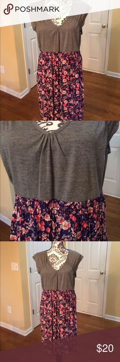 Junior XXL summer dress. Cool & comfy! NWT Mossimo Supply Co. summer dress. Junior XXL (looks smaller.  Measurements upon request) NWOT Mossimo & Co Dresses