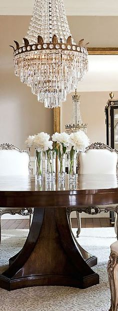 Southern Home | Dining Room | Chandelier